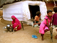 Villagers on Edge of Thar Desert near Bikaner Rajestan  (5)